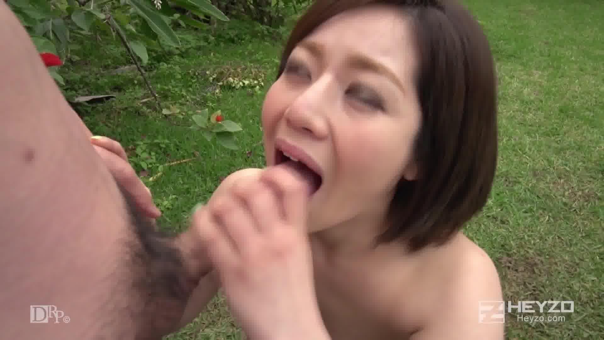 サマーヌード ~ビンカン美少女に連続中出し2連発!~ - 浅之美波【水着・3P・中出し】