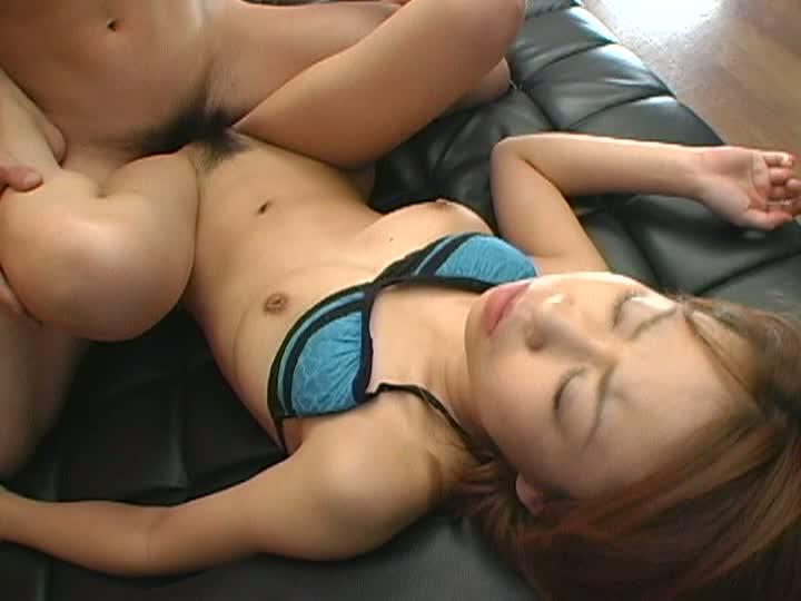 激エロボディの美巨乳少女小春