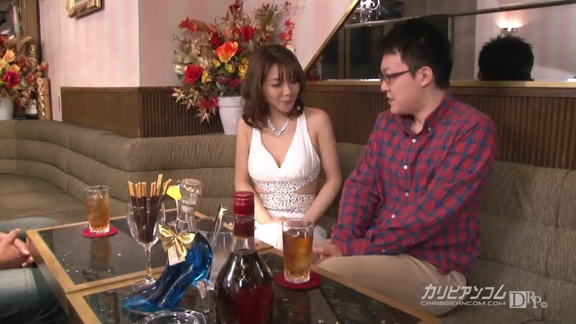 童貞狩り ~熟キャバ童貞喪失~ - 美智子小夜曲【乱交・痴女・中出し】