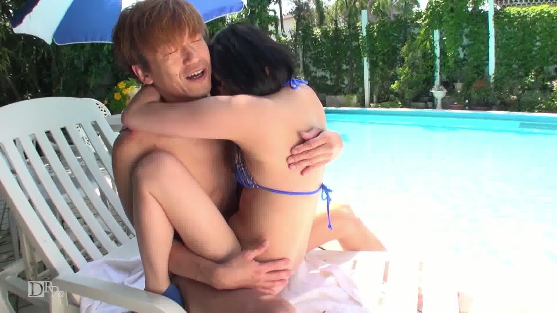 天然美少女と真夏の水着SEX! - 青山未来【座位 フェラ 外 水着】
