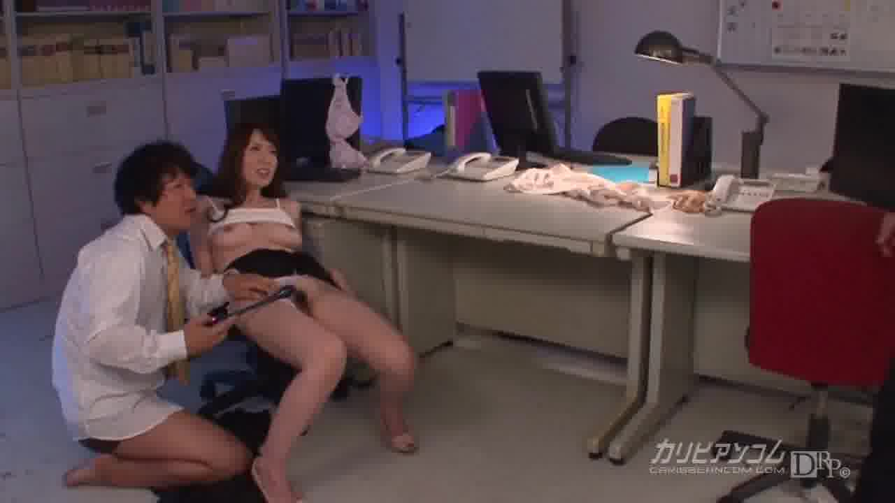 夫の目の前で妻が ~元上司に縛られて~ - 波多野結衣【巨乳・口内発射・中出し】
