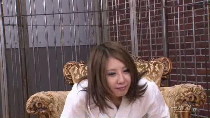 退学覚悟でAVデビュー!【天宮まりる】