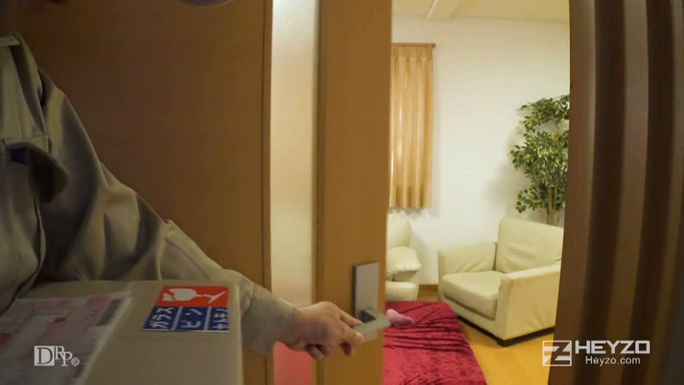 痴熟女達の午後~今日の獲物は配達員~ - 福山香織 - 高嶋祥子【ネグリジェ 下着 デリバリー おもちゃ】
