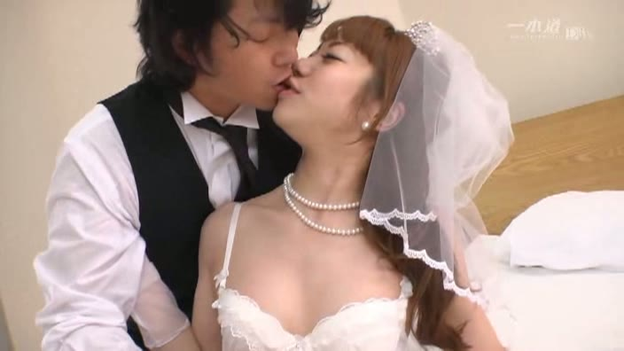 モデルコレクション ジューンブライド 遠藤あいこ【遠藤あいこ】