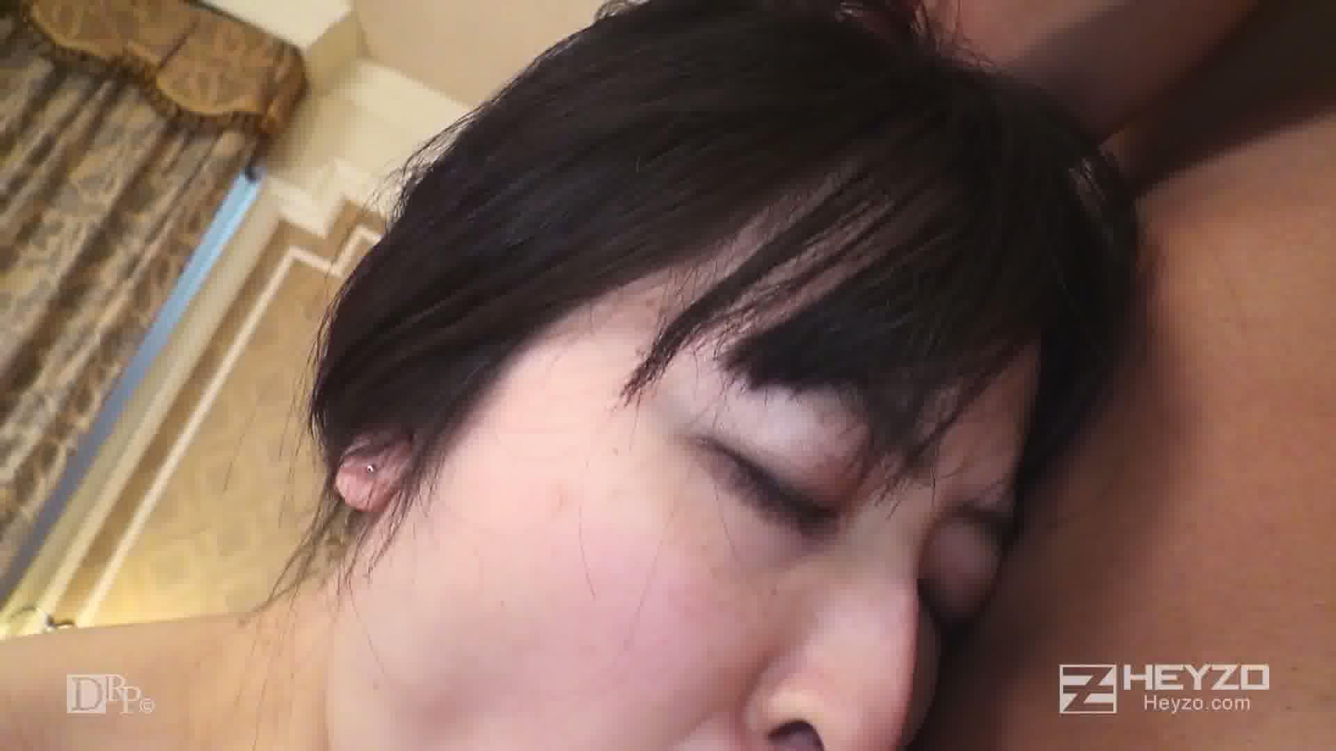 街頭ナンパでエロ妻ゲット!! - 宮代薫【指マン クンニ フェラ 正常位】