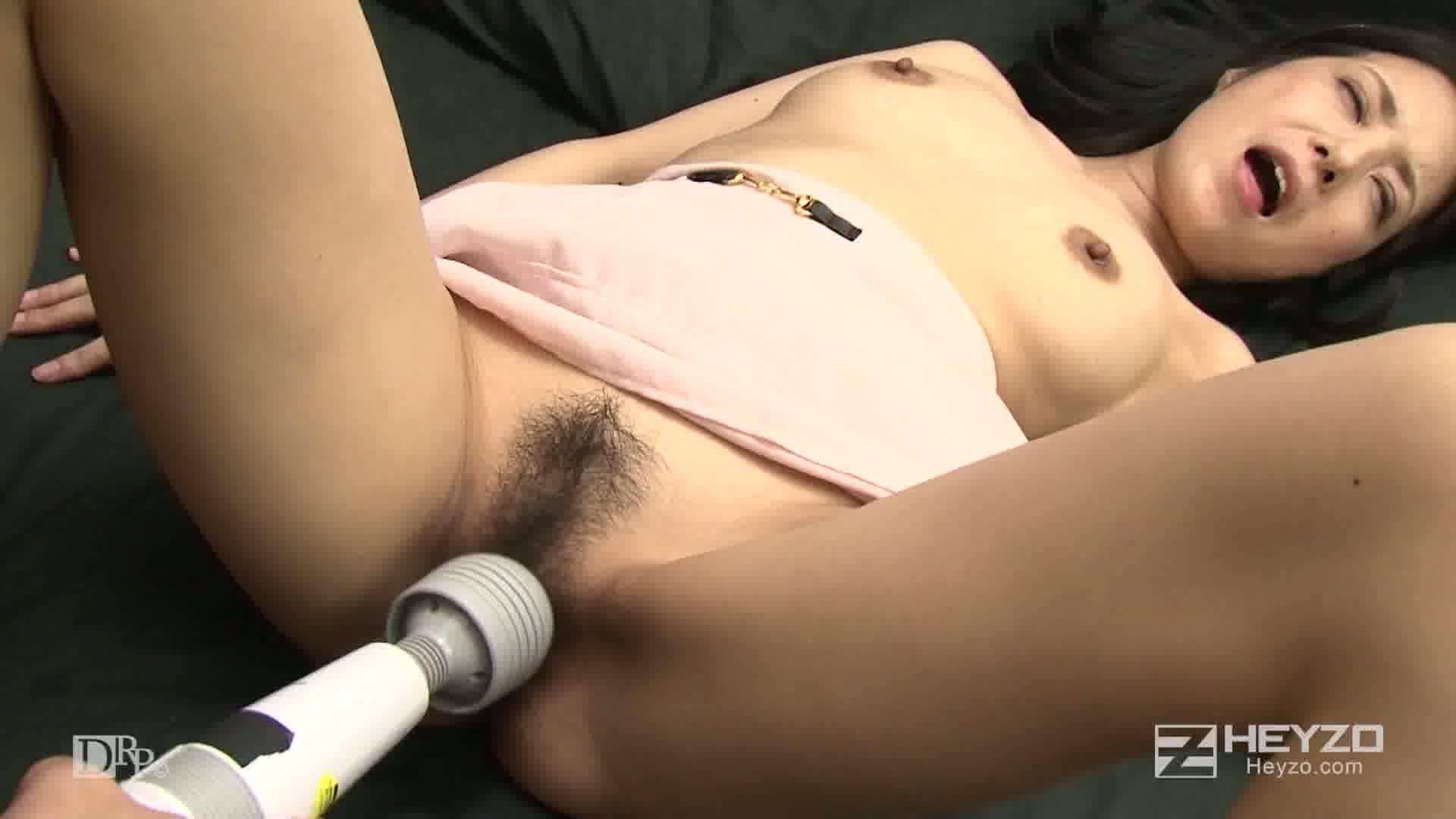 欲求不満の隣の奥さん~開放された性欲フルスロットル~ - 相澤かな【指マン フェラ 69 電マ】