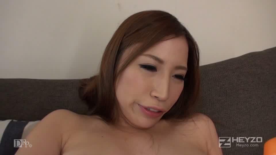 卑猥な贈り物 - 小泉沙彩【着替え オナニー おもちゃ】