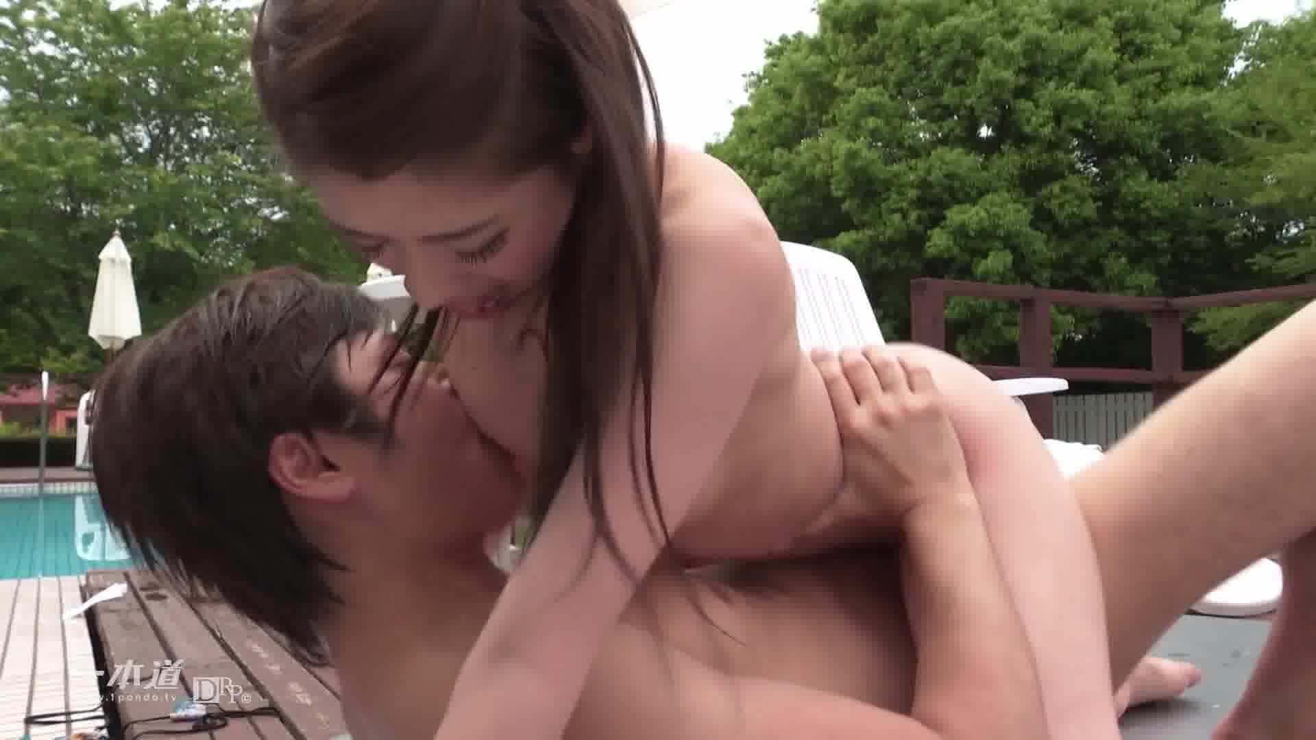サマーヌード ~夏だ!海だ!水着でH!~ - 宮下華奈【水着・微乳・クンニ】