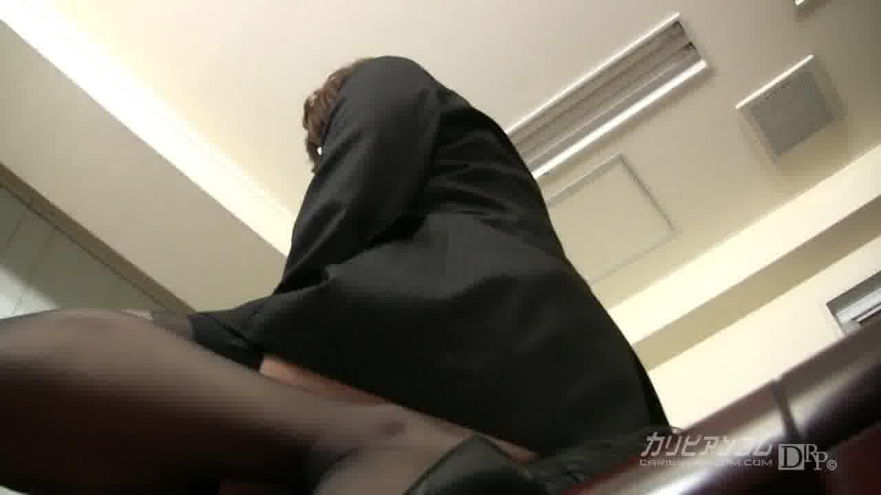 OLの尻に埋もれたい - TSUBAKI【痴女・ハード系・美尻】