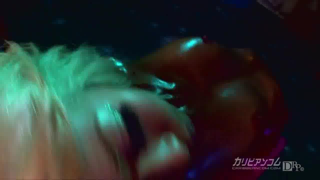 ローションエロダンス Vol.4 - 泉麻那【ギャル・スレンダー・初裏】