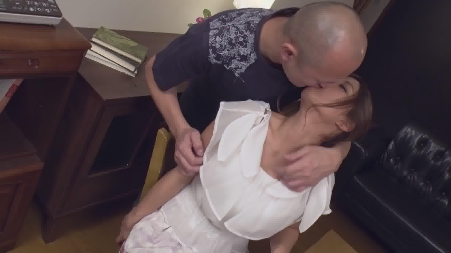 亜美を手懐ける ~スペインアナルも可愛がってやるからな~ - 亜美【巨乳・アナル・ハード系】