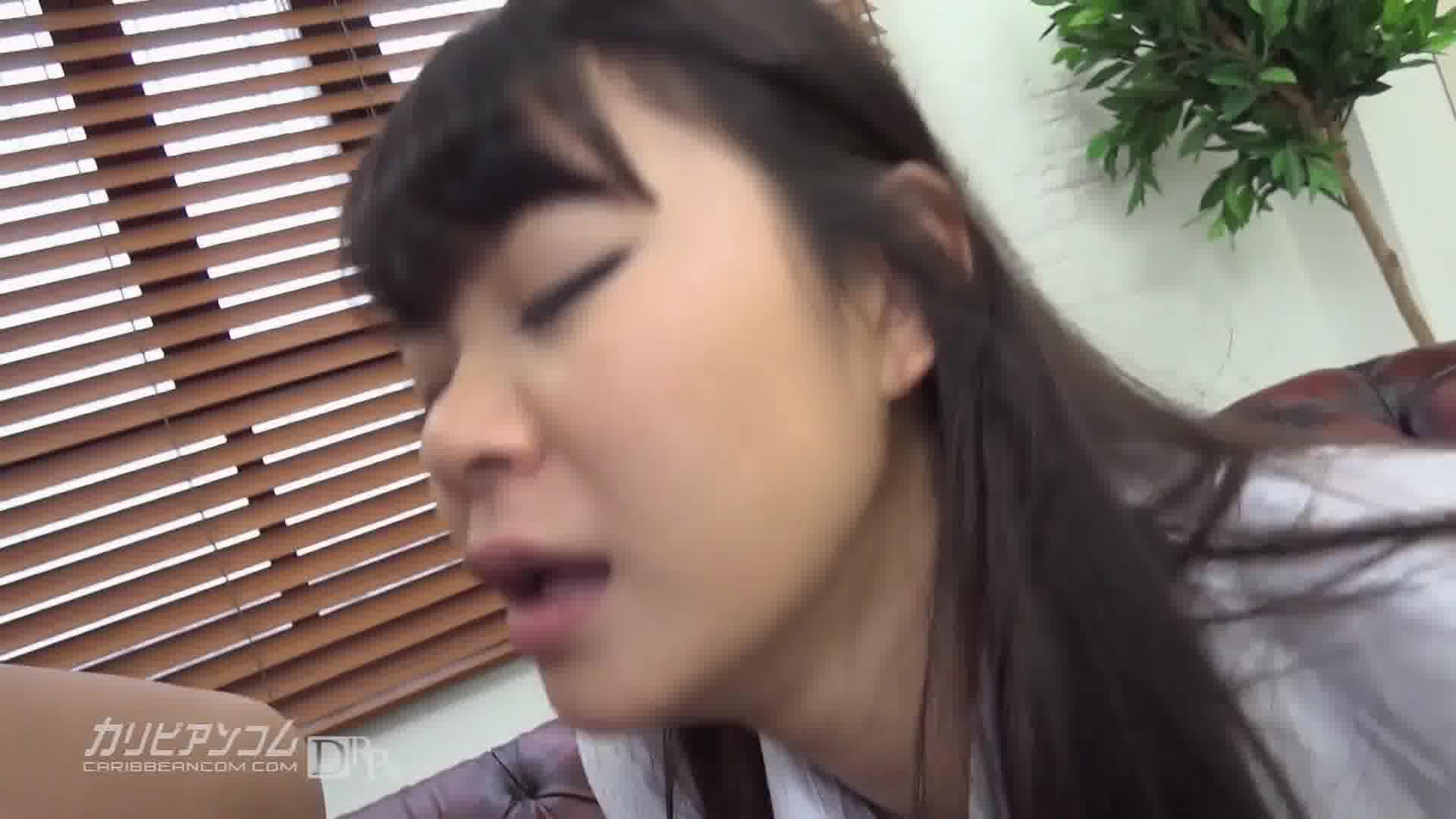 卒業したのはいいけれど、元CRB48の厳しい現実 - 夢実あくび【コスプレ・制服・イラマチオ】