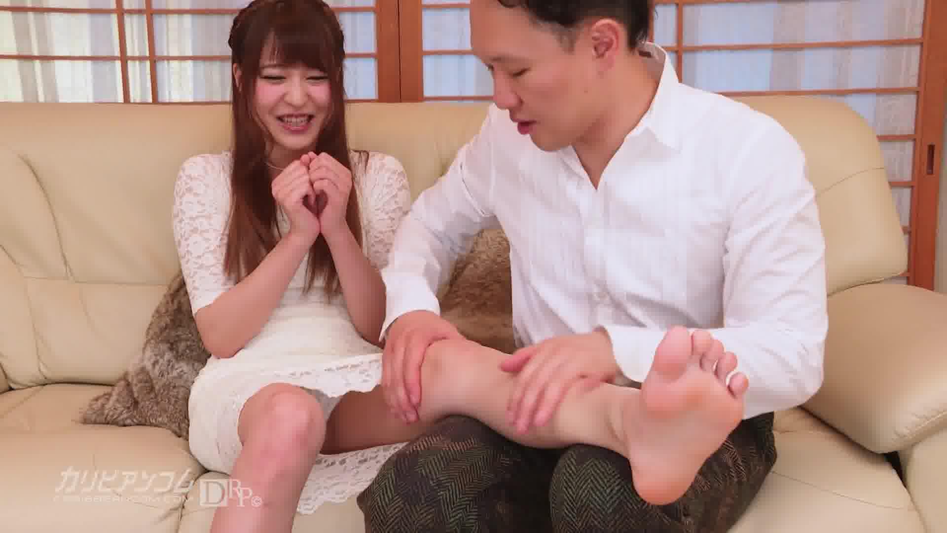 荻野舞の家で撮影しちゃおう - 荻野舞【巨乳・オナニー・中出し】