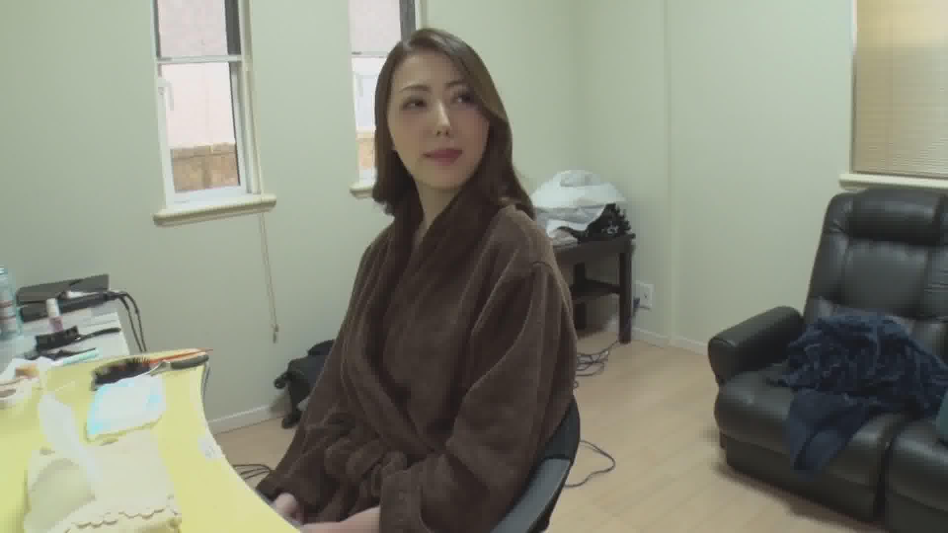 女熱大陸 File.070 - 古瀬玲【美乳・パイパン・3P】