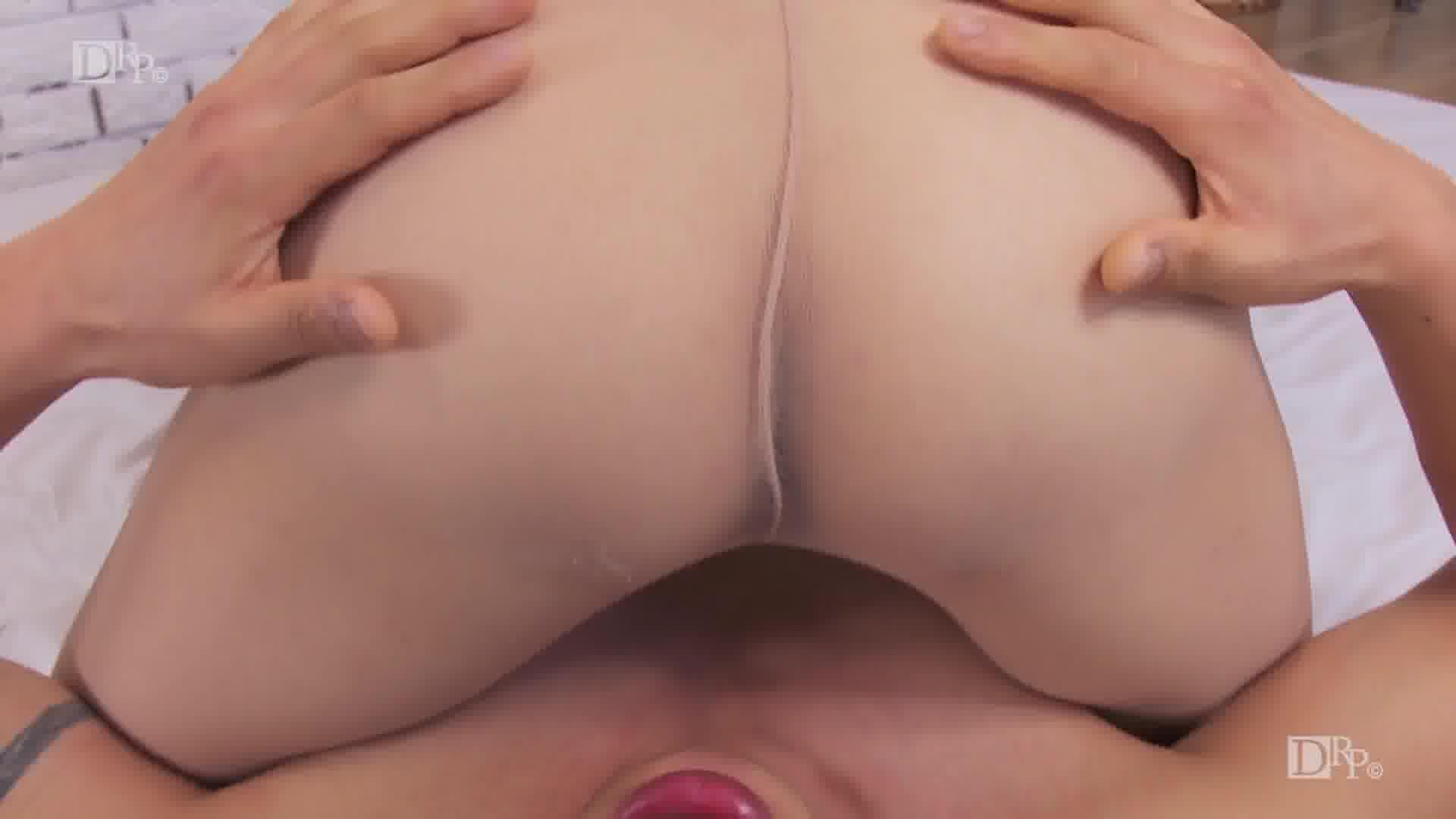 THE 未公開 ~ノーパンストで顔面騎乗位~ - 秋野千尋【巨乳・オナニー・手コキ】