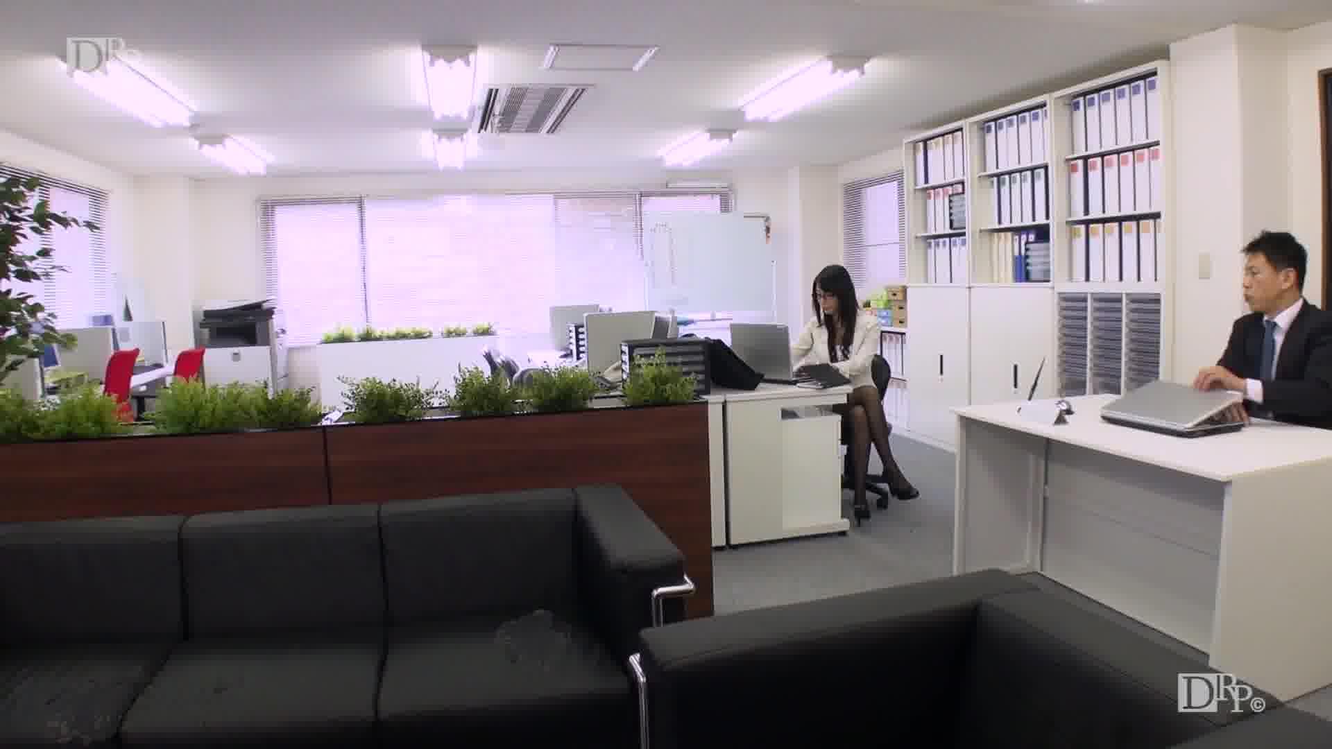 社長秘書のお仕事 Vol.11 - 逢沢はるか【乱交・痴女・OL】