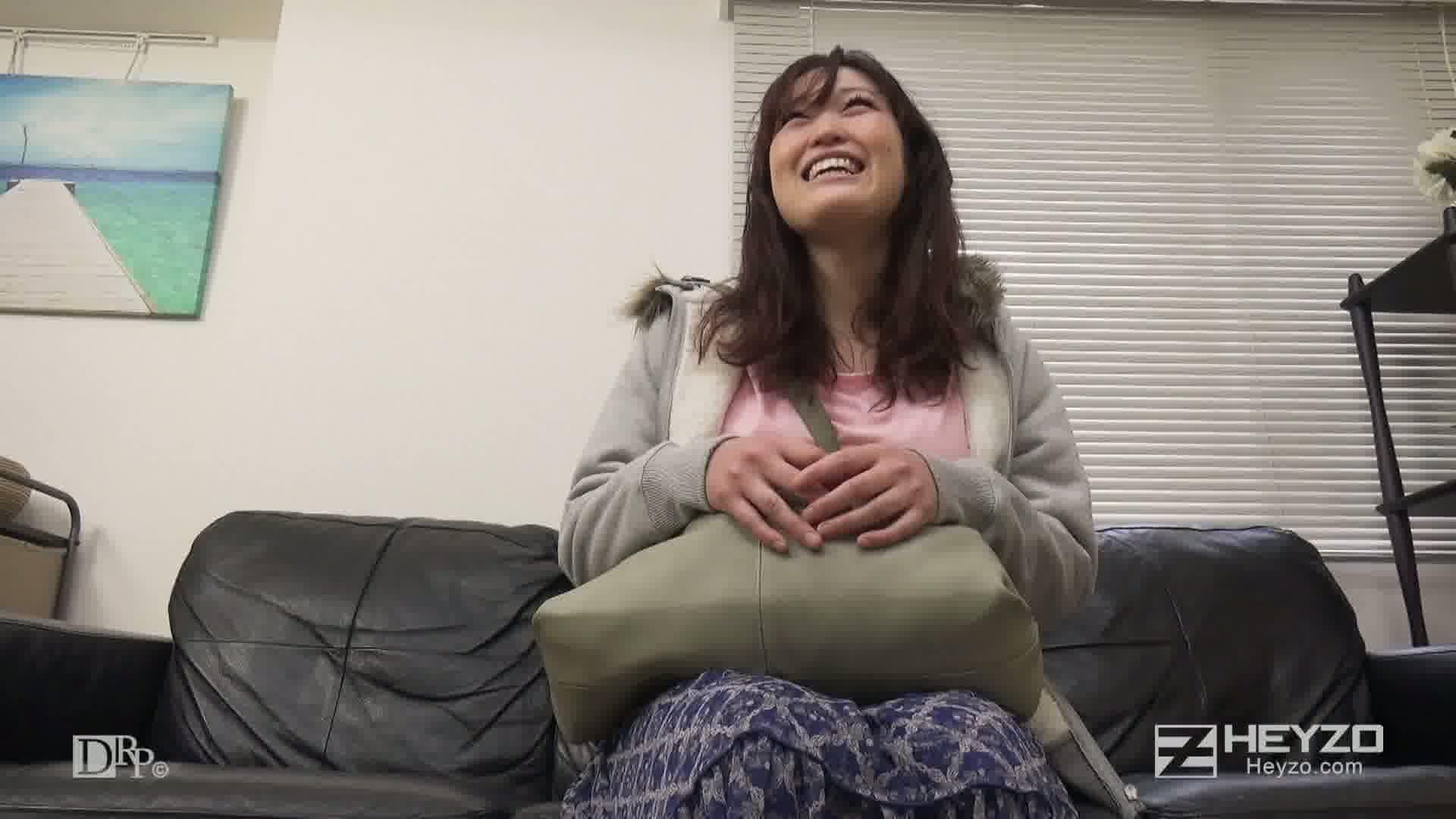 AV女優志望の上京娘 前編 - 高嶋みず穂【オナニー】