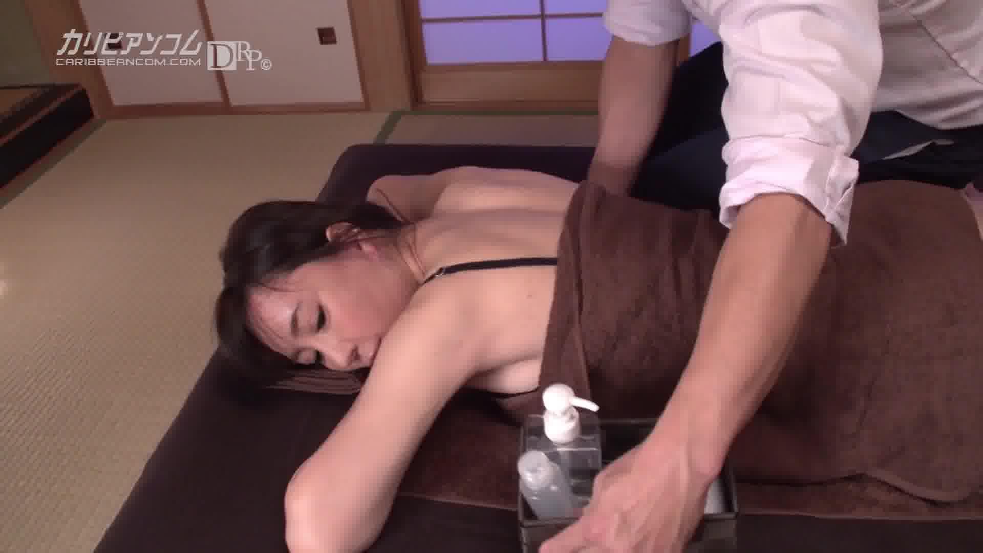 極上セレブ婦人 Vol.9 - 逢沢はるか【美乳・クンニ・初裏】