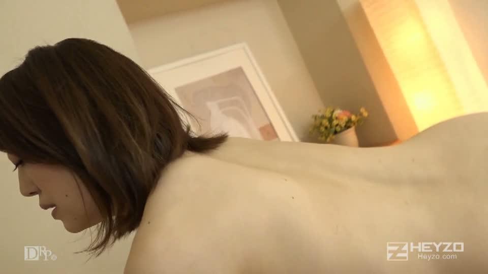 癒しのマッサージ師~私のカラダでご奉仕いたします!~ - 雨音わかな【脱衣 フェラ 口内射精 前戯】