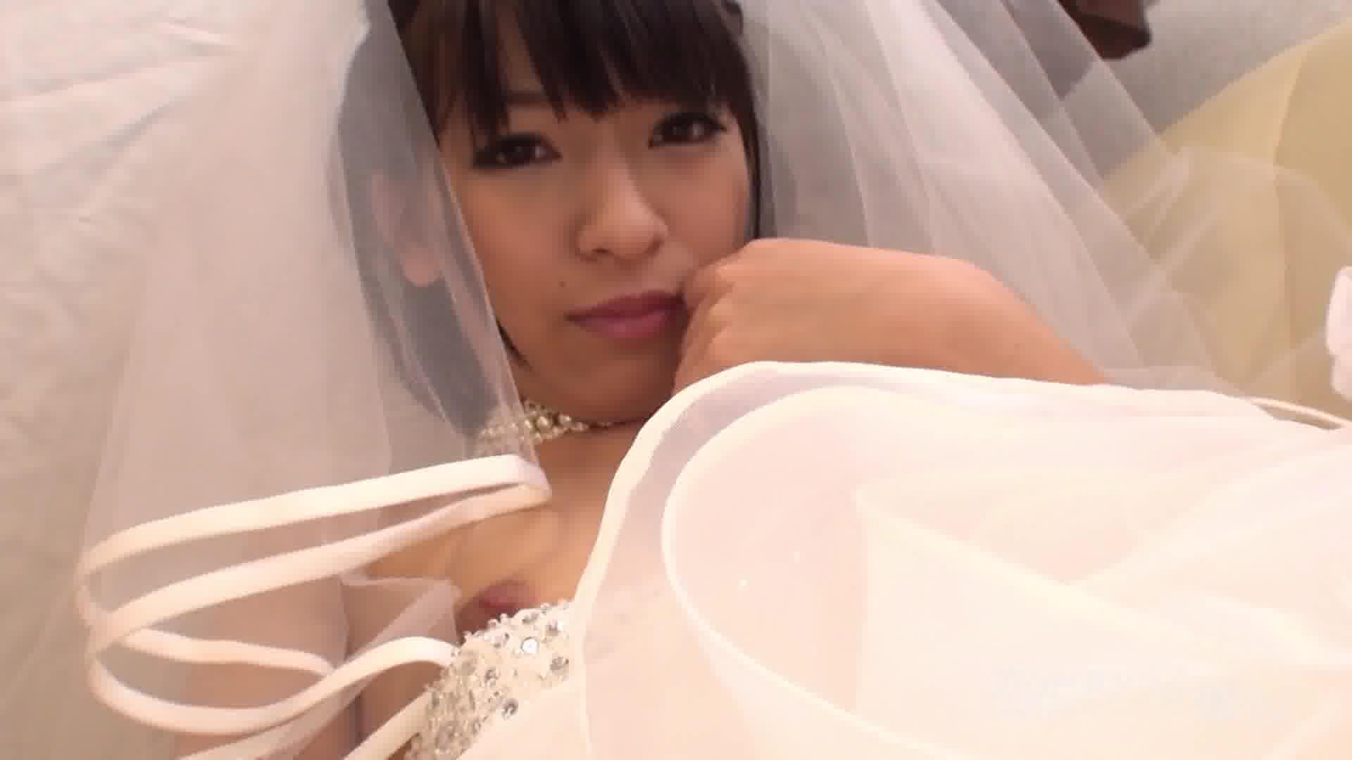 ジューンブライドマスターベーション - 成宮ルリ【美乳・スレンダー・オナニー】