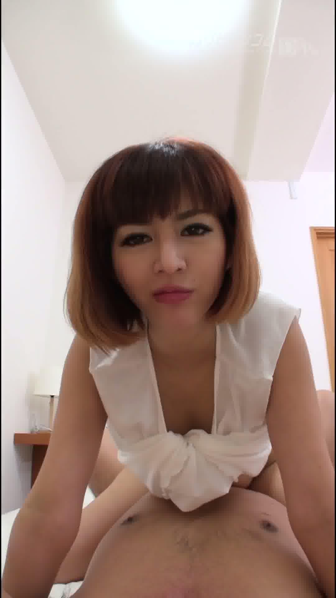 縦型動画 001 ~麻生希のハメ撮り~ - 麻生希【スレンダー・巨乳・中出し】