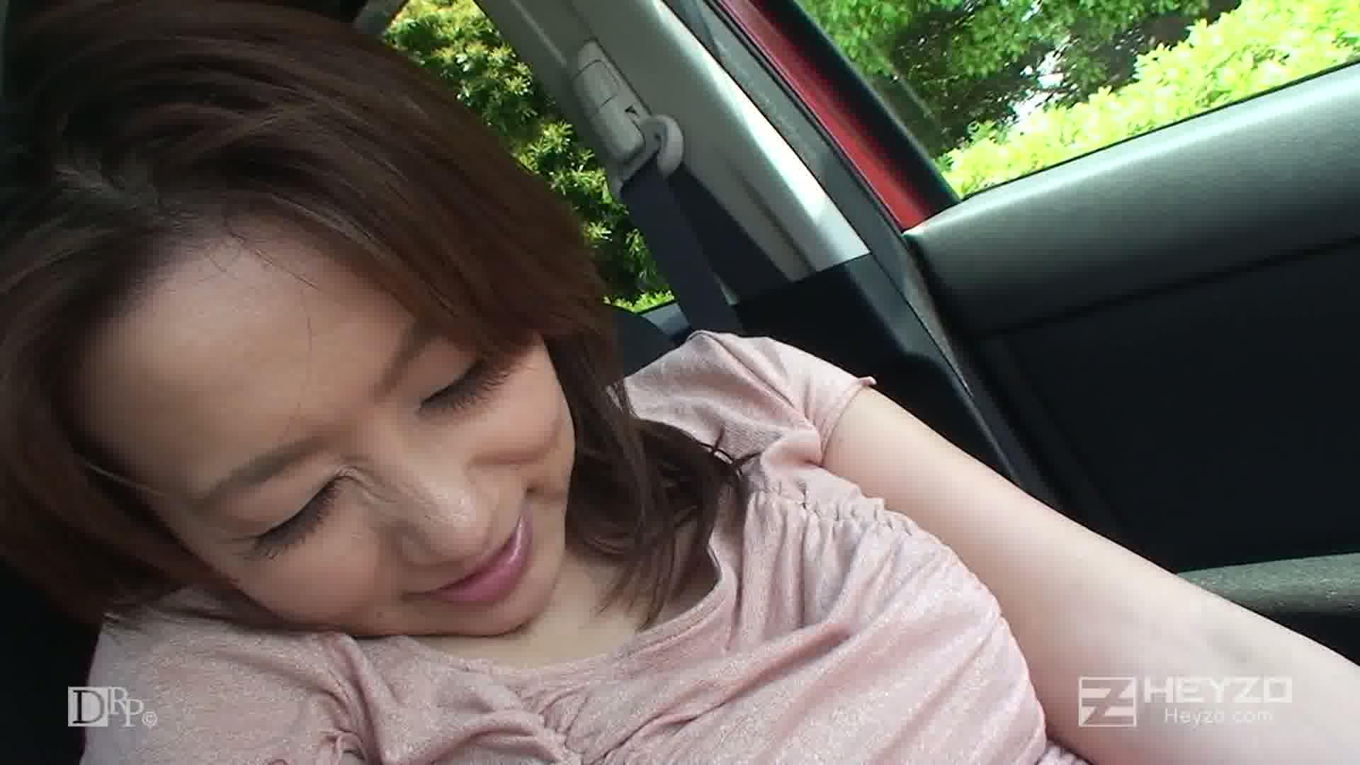 女優・吉井美希としっぽりデート~さらけ出した熟女の素顔~ - 吉井美希【インタビュー 散歩 車内オナニー】
