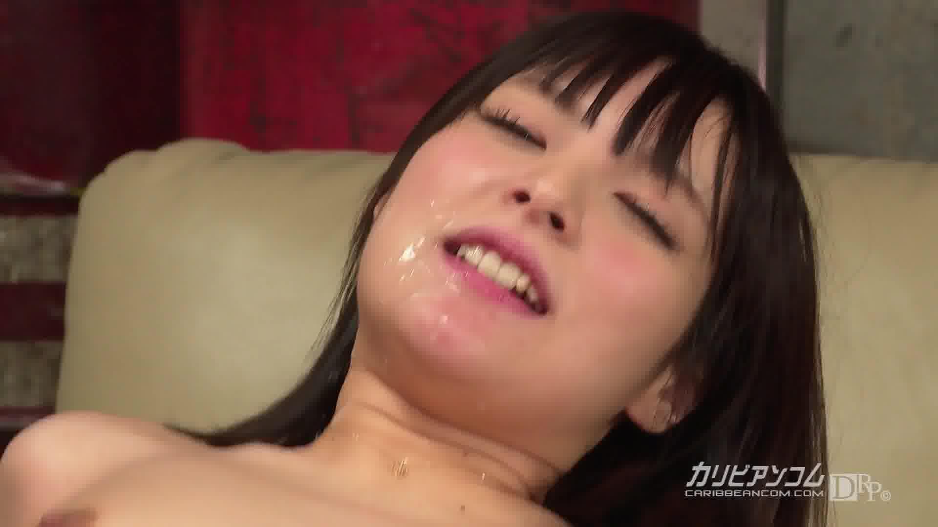 精子かけられると興奮する - みほの【美乳・スレンダー・ぶっかけ】