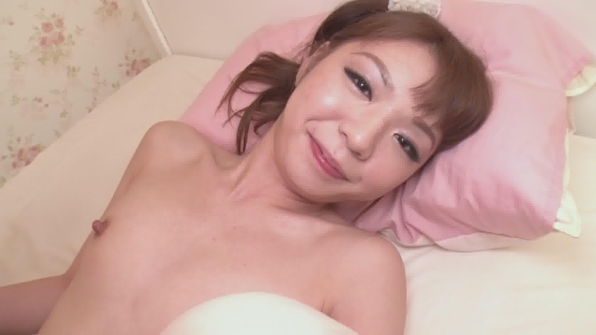 お客を食い物にするガールズバーの女の子 - 栄倉彩【パイパン・スレンダー・中出し】